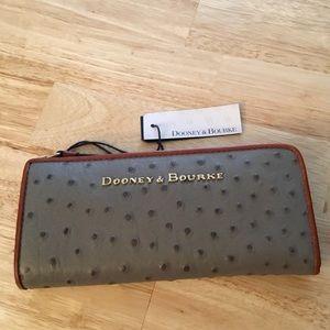 NWT Dooney & Bourke Zip Around Ostrich Wallet